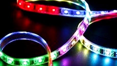 Barevný LED pásek do interiéru