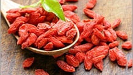 Goji, potravina, která je bezpochyby vitamínovou bombou a chrání buňky před škodlivými vlivy prostředí.
