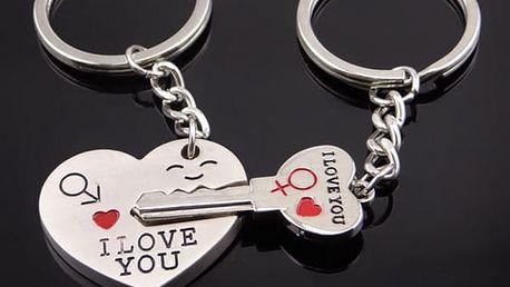 Romantické přívěsky pro páry - srdce a klíč