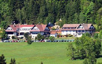 Krytý bazén, pohádková vesnička i sleva do pekla Čertovina s polopenzí v Hotelu Podlesí pro dva