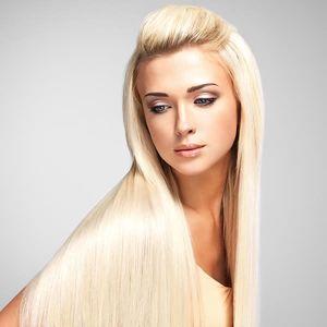 Intenzivní regenerace poškozených vlasů brazilským keratinem ve studiu Step.