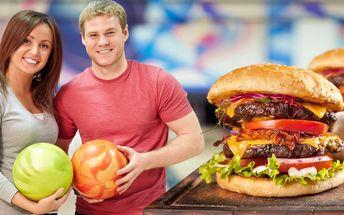 2× burger s přílohou + hodina bowlingu k tomu
