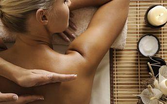 Masáž dle vašeho výběru v Praze - medová, čokoládová, relaxační nebo aroma masáž na 45 nebo 60 minut