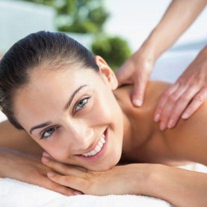 Relaxační masáž zad a šíje: uvolnění od stresu, regenerace svalů na 60 minut
