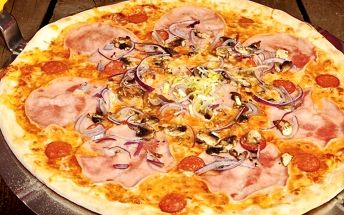 2 čerstvé pizzy dle výběru z pestrého menu