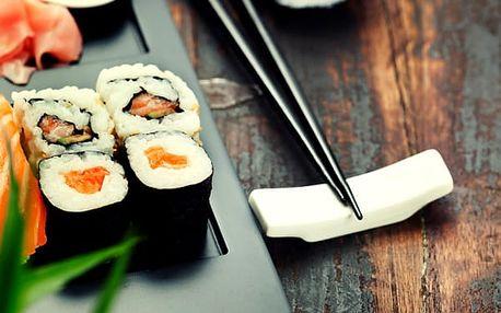 Asijské speciality pro dva dle výběru, vegetariánské menu, sushi talíř, speciality s moř. rybami.