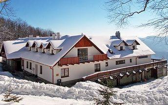 Neomezené wellness a polopenze na chatě Jana v apartmánech na samotě v Bílých Karpatech