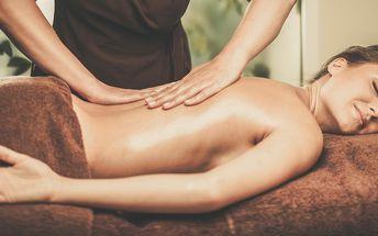Hodinová masáž pro uvolnění zad
