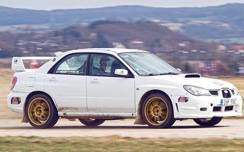 6 kol v Subaru Impreza WRX STI na okruhu