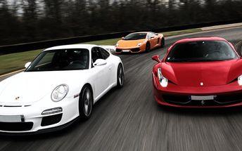 Divoká jízda v závodním Mitsubishi či Ferrari