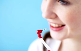Dentální hygiena v délce 60 minut: odstranění zubního kamene a pigmentace + fluoridace
