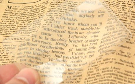 Zvětšovací fólie na čtení