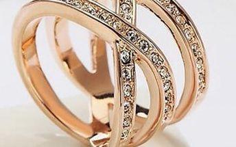 Dámský třpytivý prsten v nádherném designu - 2 barvy