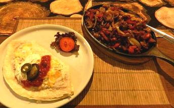 Mexické menu i s nápoji pro 2 osoby v restauraci Hacienda na Kladně. Volba menu záleží na Vás.