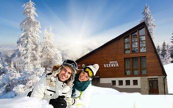 Hlavní sezona v Krkonoších s domácí kuchyní a ubytováním v Hotelu Vltava + 2 děti do 12 let ZDARMA