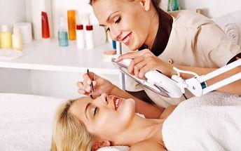 Kosmetické ošetření DeLuxe s mikrodermabrází a kyselinou hyaluronovou