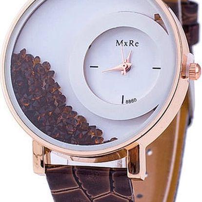 Elegantní hodinky s přesýpacími krystaly v akci