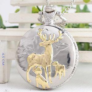 Kapesní hodinky s loveckým motivem