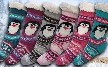 Hřejivé domácí ponožky s tučňákem