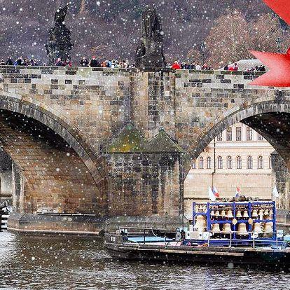 Vánoční plavba s rautem a zvonohrou