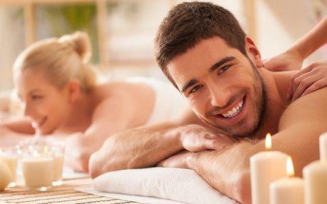 Párová masáž včetně aroma lázně a sklenky sektu