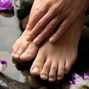 Mokrá pedikúra s relaxační masáží chodidel