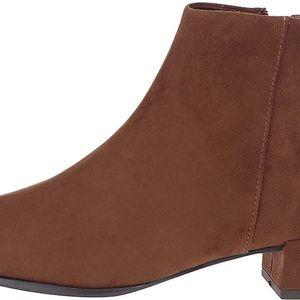 Hnědé kotníkové boty v semišové úpravě Tamaris
