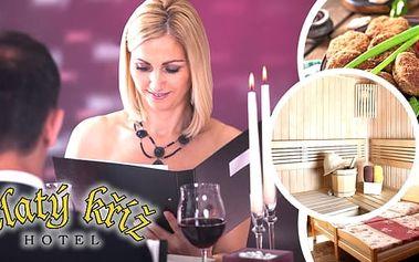 Krásná historická Třebíč. Užijte si 3, 4 nebo 5 denní wellness pobyt pro 2 osoby v krásném Hotelu Zlatý Kříž.S polopenzí, jednou slavnostní večeří, privátním vstupem do whirlpoolu nebo sauny, ochutnávkou luxusních sypaných čajů a medoviny a další. Z hote