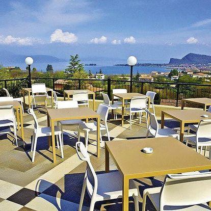 Itálie, Lago di Garda na 4 nebo 5 dní pro 2 osoby včetně polopenze a bazénu ve 3* hotelu