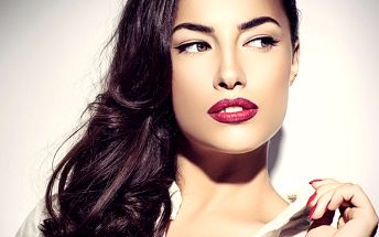 Perfektní tvář: Permanentní make-up očních linek, obočí či rtů