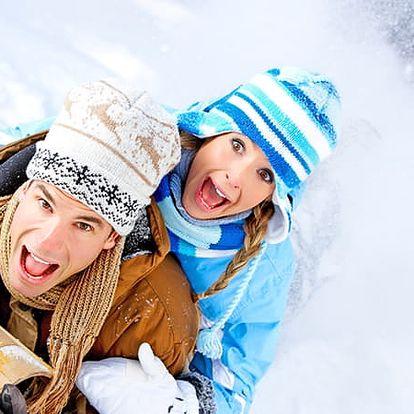 Zimní pobyt v Hotelu Swing pro dva s polopenzí u Lipna, posilovna, kulečník, fotbálek, infrasauna.
