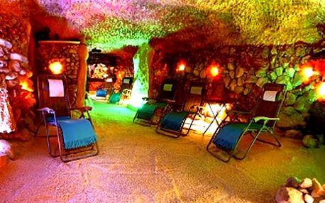 Pobyt v solné jeskyni + dítě do 7 let zdarma, jeden vstup nebo permanentka za skvělou cenu.