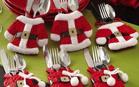 Balení vánočních kostýmů na příbory