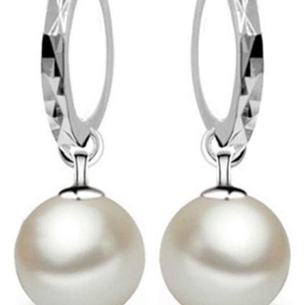 Náušnice s lesklým kroužkem a perlou