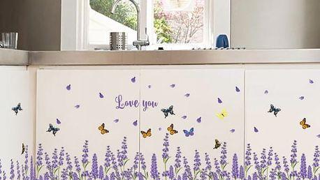 Samolepka na zeď - Levandulové pole s motýly