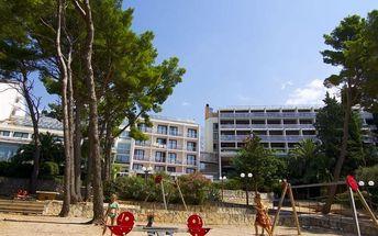 Chorvatsko - Makarska na 8 až 10 dní, plná penze nebo polopenze s dopravou autobusem nebo vlastní