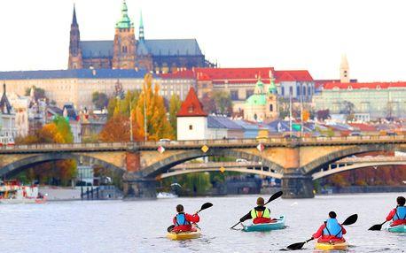 Pádlujte za zážitky: zapůjčení kajaku na Vltavě