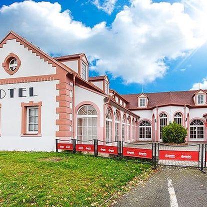 3–6denní pobyt s polopenzí a saunou pro 2 v jižních Čechách v hotelu Atos