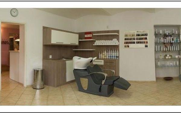 Dámský střih, péče regenerační kosmetikou a masáž hlavy i těla4