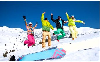 Bláznivá lyžovačka s ubytovaním ve Family Chatě na Šachtičkách