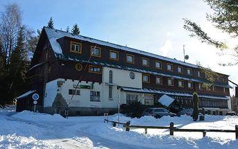 Jizerské Hory - 3 nebo 4denní pobyt pro dva nebo rodinu s polopenzí v Hotelu Maxov ***.