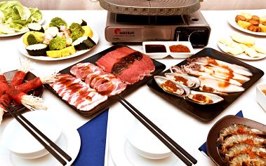Asijská grilovačka: barbecue menu pro 2 osoby