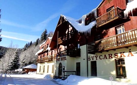 Sporthotel Švýcarská Bouda s polopenzí, vstupem do wellness a dítětem do 12 let zdarma, s platností až do 30. 6. 2017