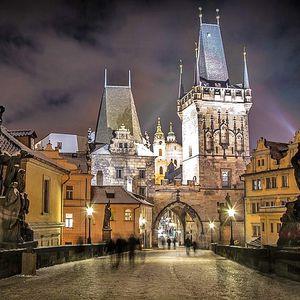 Praha pro DVA se stravou dle výběru, bazénem a slevami – platnost do konce roku 2017