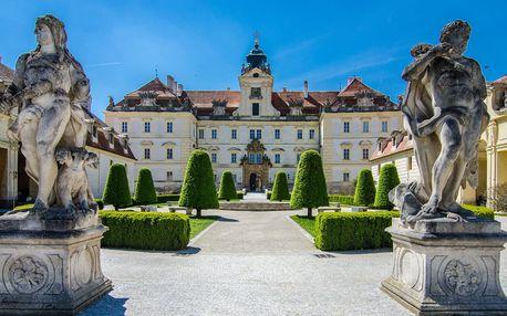 Zámecký hotel Hubertus *** v historických prostorách zámku Valtice s polopenzí a degustací vín