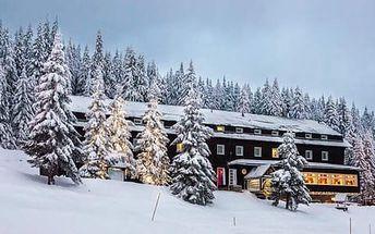 Wellness a lyžování na hřebenech Velké Fatry s hotelem Granit Smrekovica *** v nadmořské výšce 1428 m