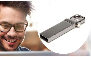 USB flash disk s kapacitou 32GB