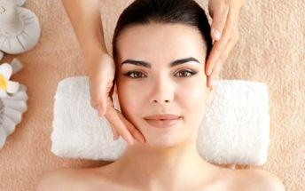 Reflexní masáž chodidel, anticelulitidní, zdravotní či indická antistresová masáž na 30-60 min.