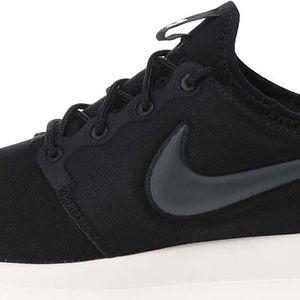 Černé pánské tenisky Nike Roche Two