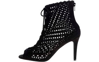 Černé perforované boty na jehlovém podpatku Dorothy Perkins